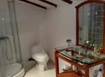 Bathroom 05 (Copier)