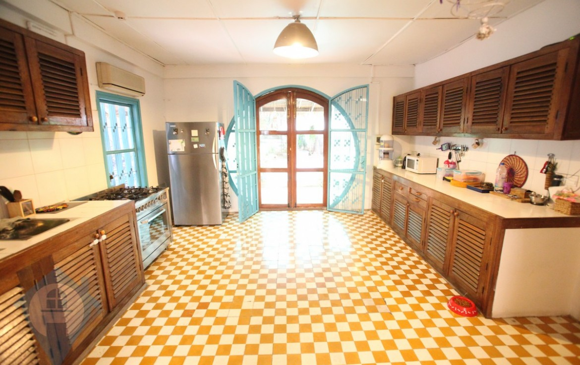 French Colonial 3 Bedroom With Swimming Pool For Rent | Phnom Penh Real Estate