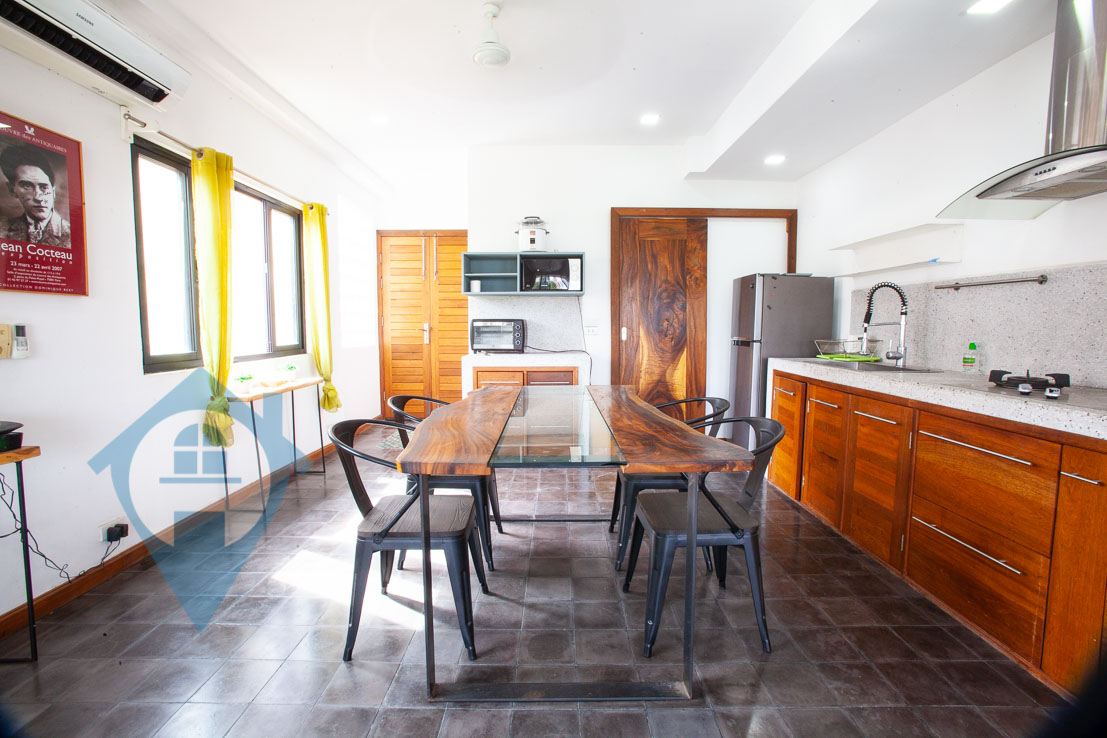 ''Large Terrace 2 Bedroom Apartment For Rent in Daun Penh | Phnom Penh Real Estate''