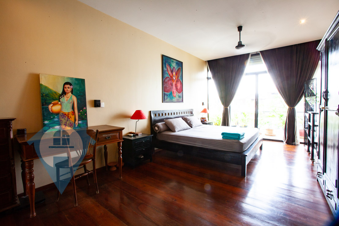 ''Spacious 2 Bedroom For Sale Near Wat Phnom | Phnom Penh Real Estate''