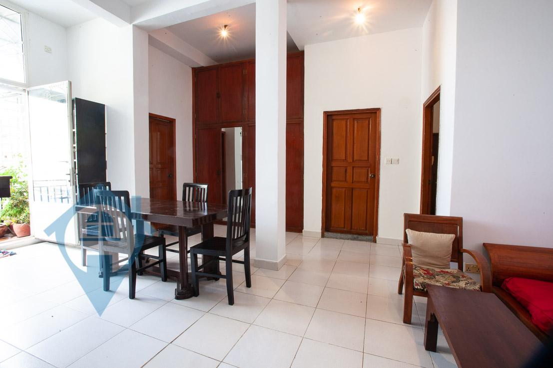 ''Bright 3 Bedroom Near Wat Phnom | Phnom Penh Real Estate''